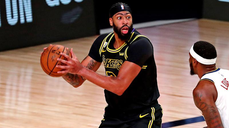Lakers dominate Heat in Game 1