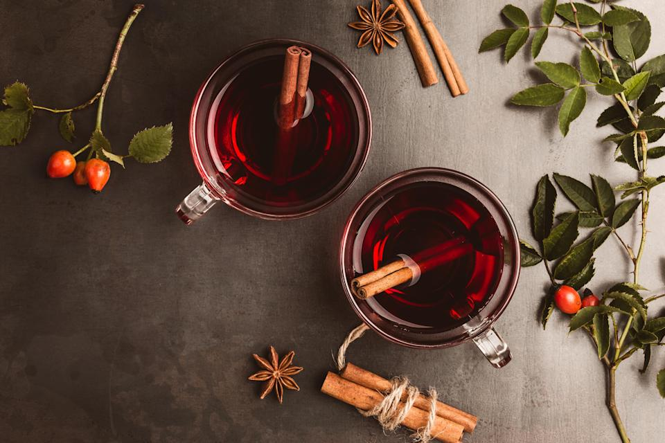 """<p>Hands up who loves cinnamon sticks in their mulled wine. If you do, you're in luck. The Christmas spice is <a href=""""https://www.google.ie/search?dcr=0&ei=mJIyWtOkIKrHgAbvuovwCw&q=cinnamon+anti+inflammatory&oq=cinnamon+anti+inflammatory&gs_l=psy-ab.3..0l2j0i22i30k1l8.16651.19321.0.19408.26.11.0.0.0.0.334.1341.0j4j0j2.6.0....0...1c.1.64.psy-ab..20.6.1340...0i67k1j0i131i46k1j46i131k1.0.qebMtmNB6G0"""" rel=""""nofollow noopener"""" target=""""_blank"""" data-ylk=""""slk:filled with antioxidants"""" class=""""link rapid-noclick-resp"""">filled with antioxidants</a> that can reduce swelling, ease aches and pains and get your body working the way it should. <i>[Photo: Getty]</i> </p>"""