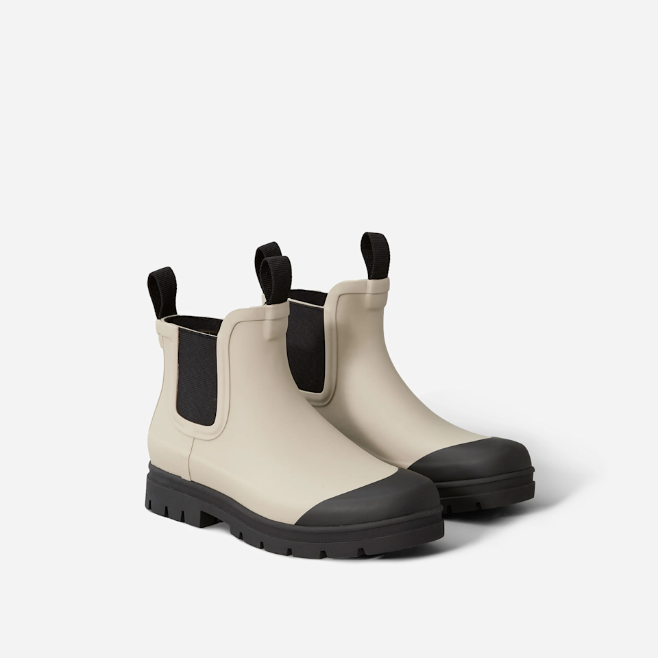 "<br><br><strong>Everlane</strong> The Rain Boot, $, available at <a href=""https://go.skimresources.com/?id=30283X879131&url=https%3A%2F%2Fwww.everlane.com%2Fproducts%2Fwomens-rain-boot-pink%3Fcollection%3Dwomens-shoes%23locklink"" rel=""nofollow noopener"" target=""_blank"" data-ylk=""slk:Everlane"" class=""link rapid-noclick-resp"">Everlane</a><span class=""copyright"">Photo Courtesy of Everlane.</span>"