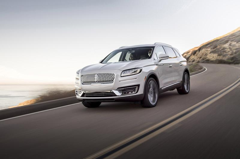 Lincoln Just Revealed Its Newest Suv And It Continues A Revival Of
