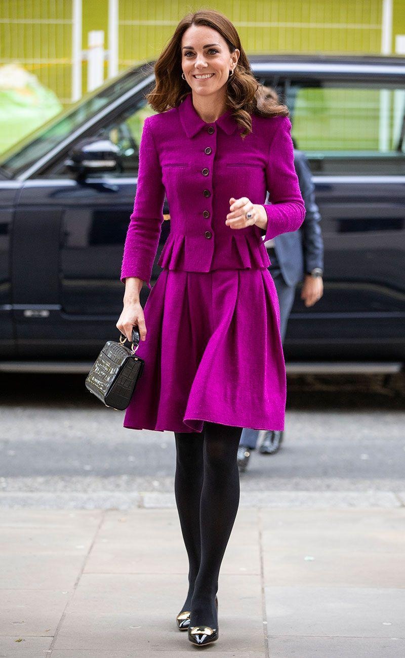 <p>Kate wore this Oscar De La Renta skirt suit with an Aspinal bag and Rupert Sanderson pointed pumps for a visit to the Royal Opera House in London. </p>