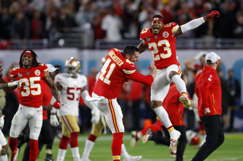 MIAMI, FLORIDA - FEBRUARY 02: The Kansas City Chiefs celebrate after defeating the San Francisco 49ers in Super Bowl LIV at Hard Rock Stadium on February 02, 2020 in Miami, Florida. (Photo by Kevin C. Cox/Getty Images)