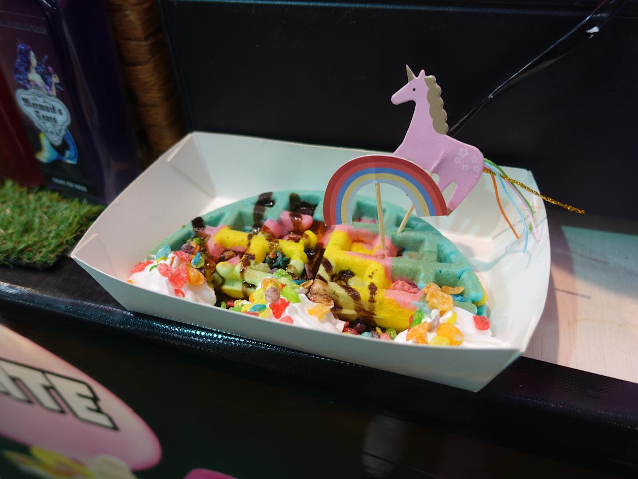 <p>Cloud 9 waffles from Rainbow Works, stall 42; $6.90. (Photo: Wan Ting Koh/Yahoo Lifestyle Singapore) </p>