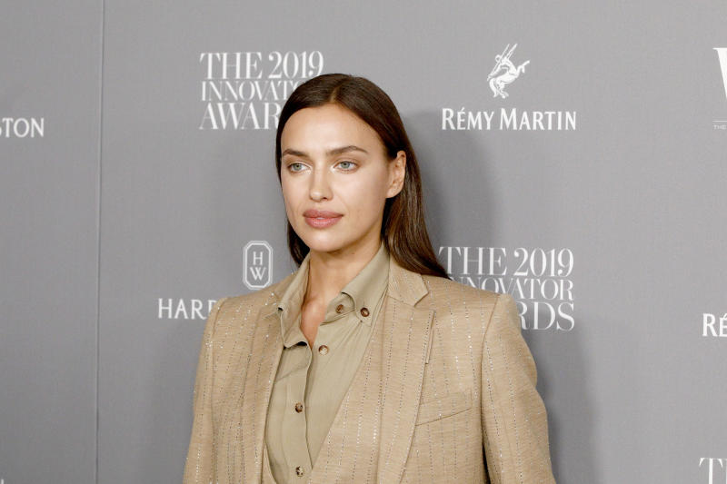 NEW YORK, NEW YORK - NOVEMBER 06: Irina Shayk attends the WSJ. Magazine 2019 Innovator Awards sponsored by Harry Winston and Rémy Martinat MOMA on November 06, 2019 in New York City. (Photo by Lars Niki/Getty Images for WSJ. Magazine Innovators Awards )