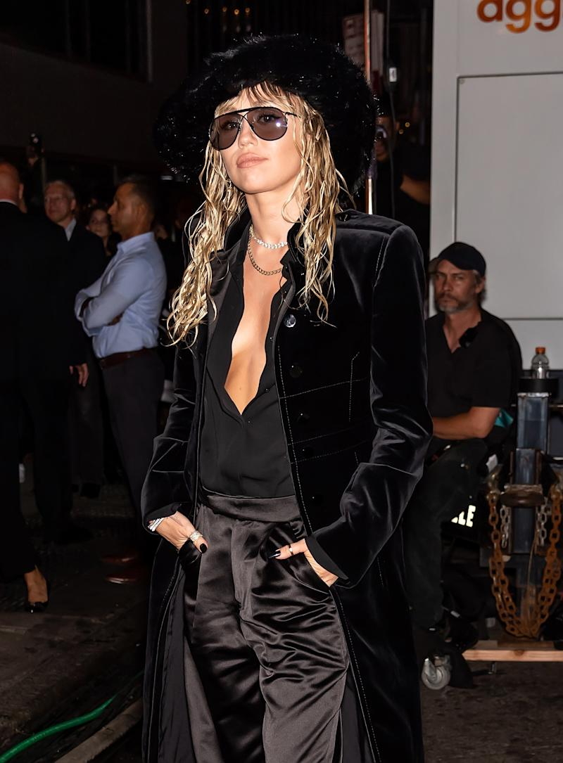 Miley Cyrus Takes Wet Hair to the Tom Ford Front Row