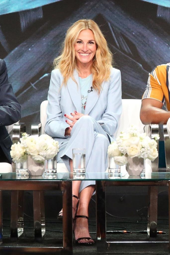 <p>Julia Roberts wore a pastel-hued two-piece suit by Sandro to mark her role in Amazon series 'Homecoming' at The Beverly Hilton Hotel on 28 July.<em> [Photo: Getty]</em> </p>