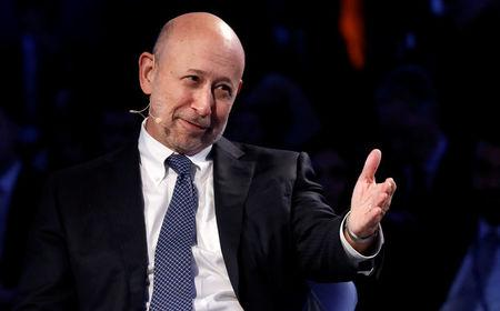 FILE PHOTO:    Goldman Sachs Chairman and CEO Lloyd Blankfein speaks at the Bloomberg Global Business Forum in New York, U.S., September 20, 2017. REUTERS/Brendan McDermid/File PhotFile Photo