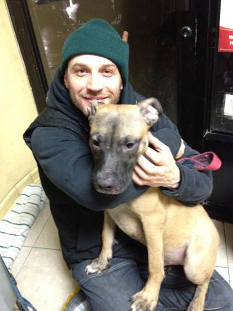 """<p>For Hardy, dogs have been a love since childhood. (Photo: <a rel=""""nofollow noopener"""" href=""""https://www.facebook.com/TomHardyUK/photos/a.643638628980503.1073741829.555896884421345/690641230946909/?type=3&theater"""" target=""""_blank"""" data-ylk=""""slk:Tom Hardy via Facebook"""" class=""""link rapid-noclick-resp"""">Tom Hardy via Facebook</a>)<br><br></p>"""
