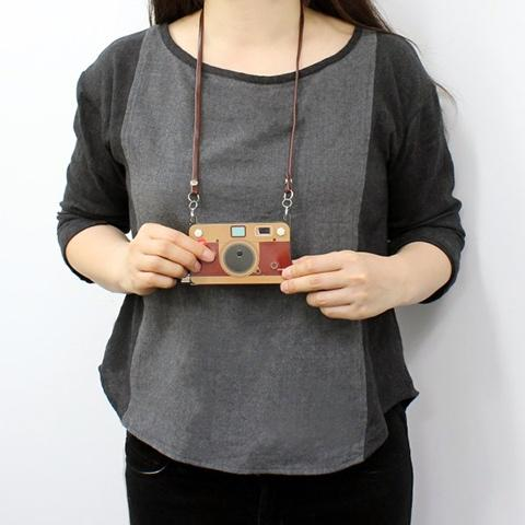 camera paper thin necklace