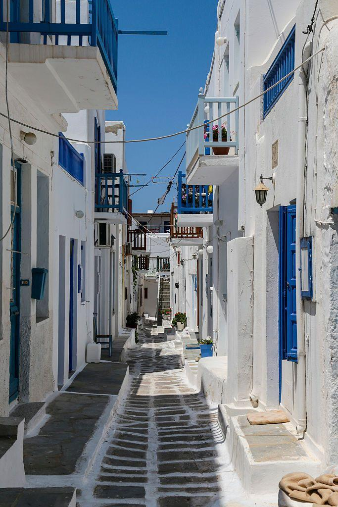 """<p>In 2015, <a href=""""http://www.visitgreece.gr/"""" rel=""""nofollow noopener"""" target=""""_blank"""" data-ylk=""""slk:Mykonos"""" class=""""link rapid-noclick-resp"""">Mykonos</a> had everything you could want: culture, scenic views, nightclubs, restaurants, and miles of beautiful blue waters. </p>"""