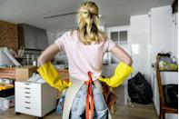 """<p>You might start cleaning your desk, bring an item into your bedroom, get distracted, and start cleaning in there. Instead, Stacey Agin Murray, professional organizer of <a href=""""https://organizedartistry.com/"""" rel=""""nofollow noopener"""" target=""""_blank"""" data-ylk=""""slk:Organized Artistry,"""" class=""""link rapid-noclick-resp"""">Organized Artistry,</a> tells Woman's Day to stay on a """"focused path."""" </p><p>""""When de-cluttering the contents of a room, start at the doorway and de-clutter around the room in a clockwise direction,"""" she suggests, noting that having a set path keeps you from zig-zagging. </p><p>Need to take a de-cluttering break for an hour or a few days? Murray says to """"Place a brightly colored scarf or pillow at the spot where you'll need to start de-cluttering next. That way, you won't have to use your brain power to remember where you last left off.""""</p>"""