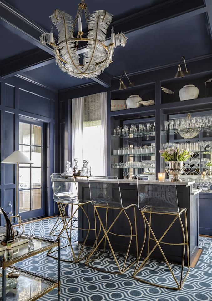 <p>A home bar is one of the most fun places in the house, and it's a great area to add a pop of color—whether in the cabinetry, stools, walls or art. Browse this collection of 20 in-home bar designs featuring playful and chic color choices.</p>
