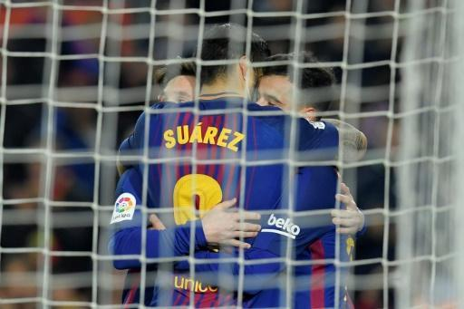 <p>Suarez hat-trick extends six-goal Barca's La Liga lead</p>