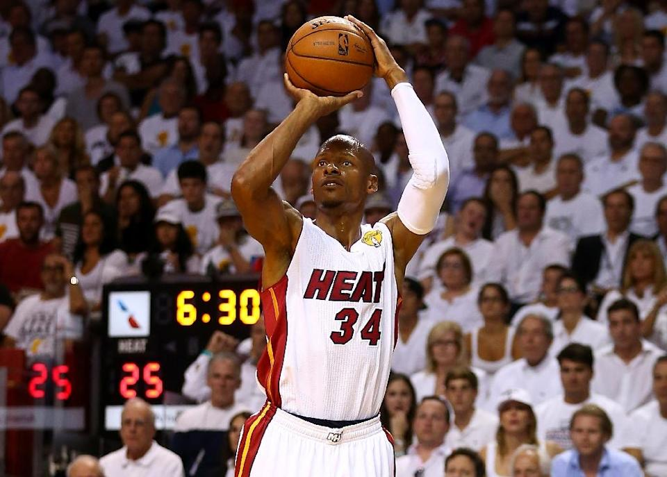 Ray Allen takes a shot for the Miami Heat during a game on June 12, 2014 in Miami, Florida (AFP Photo/Andy Lyons)