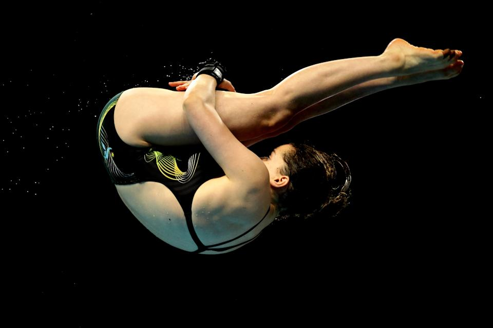 Australian diver Annabelle Smith competes in the Women's 10m Platform Final at Dr. S.P. Mukherjee Aquatics Complex during day eight of the Delhi 2010 Commonwealth Games on October 11, 2010 in Delhi, India. (Matt King/Getty Images)