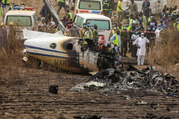 Nigerian military plane crashes on approach to Abuja airport