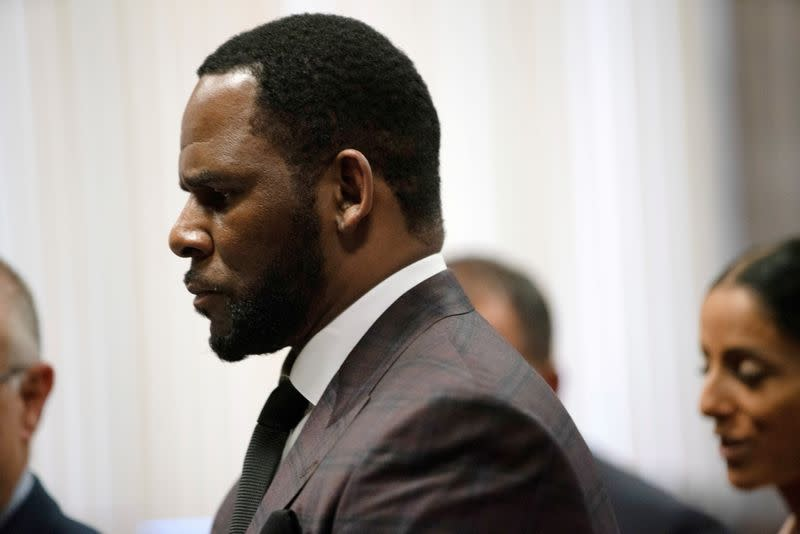 FILE PHOTO: R. Kelly appears for a hearing at Leighton Criminal Court Building in Chicago