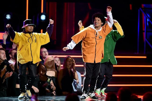 <p>Bruno Mars (right) performs onstage during the 60th Annual Grammy Awards at Madison Square Garden in New York Cityon January 28, 2018. (Photo: Getty Images) </p>
