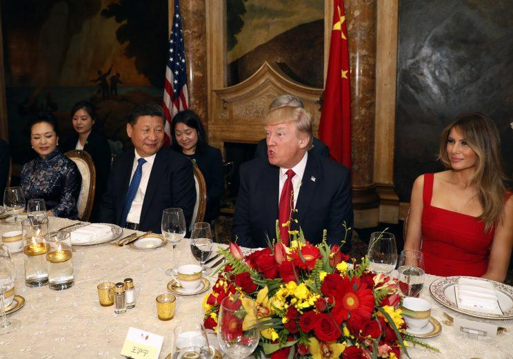 Chinese first lady Peng Liyuan, Chinese President Xi Jinping, President Trump, and first lady Melania Trump at Mar-a-Lago