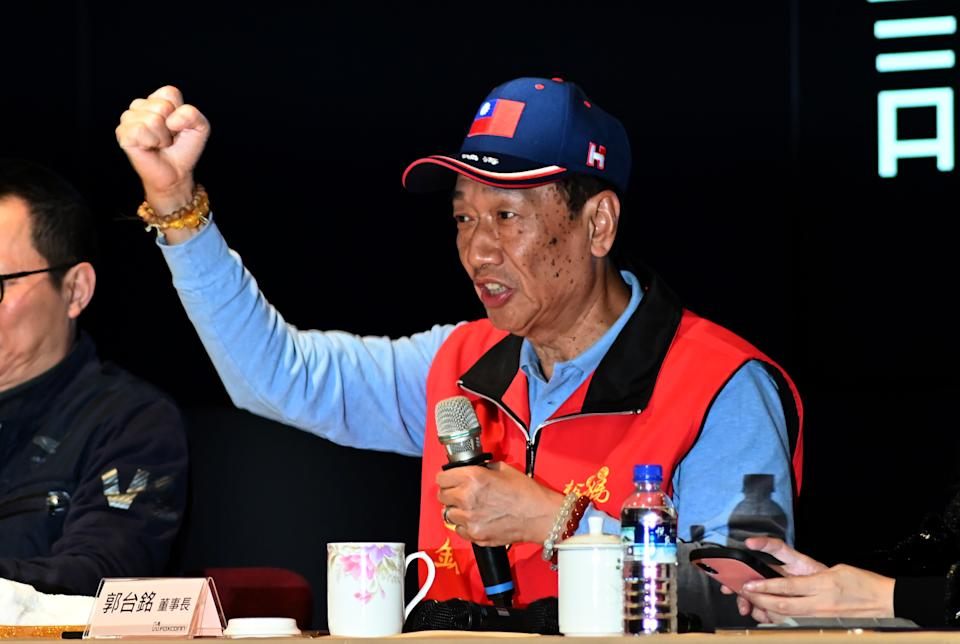 CEO of Taiwan's Foxconn Terry Gou gestures during a press conference at the company's headquarters in Tucheng district, New Taipei City on March 12, 2019. (Photo by SAM YEH / AFP)        (Photo credit should read SAM YEH/AFP/Getty Images)