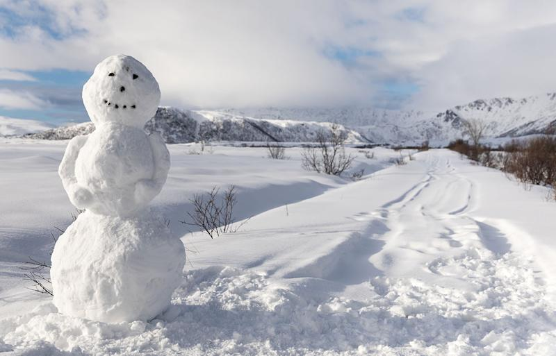 The polar air blast is expected to bring with it frost and snow as far north as Queensland this weekend. A stock image of a snowman on a bed of snow.