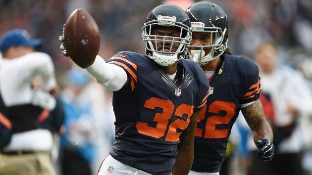<p>Bears' Deiondre' Hall tasered after allegedly spitting at officer during arrest</p>