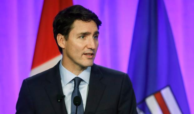 Worry and frustration mount in Alberta as oil prices languish