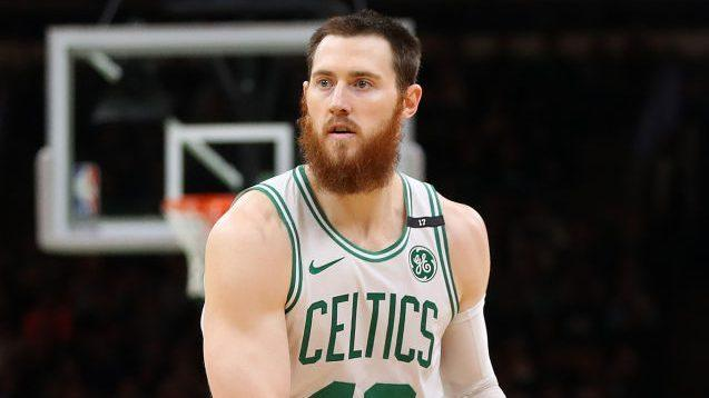 cheap for discount 5a27e 263ab Report: Boston trying to trade Aron Baynes, something good ...