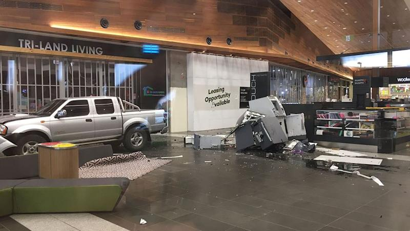 Crooks leave empty handed after attempted ram raid at Williams Landing Shopping Centre. Source: 7 News