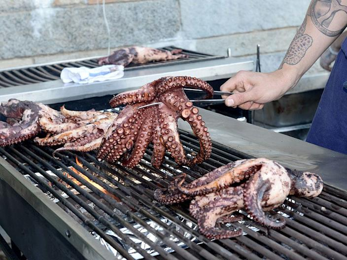 octopus grill food