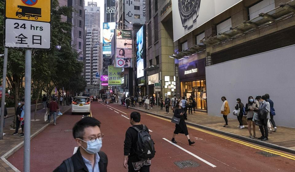 Analysts expect retail rents on Russell Street in Causeway Bay, once the world's most expensive shopping street, to decline in 2021. Photo: Sun Yeung
