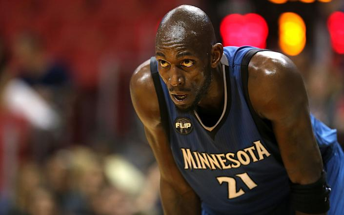 Long live Kevin Garnett's beef with Timberwolves owner Glen Taylor. (Mike Ehrmann/Getty Images)