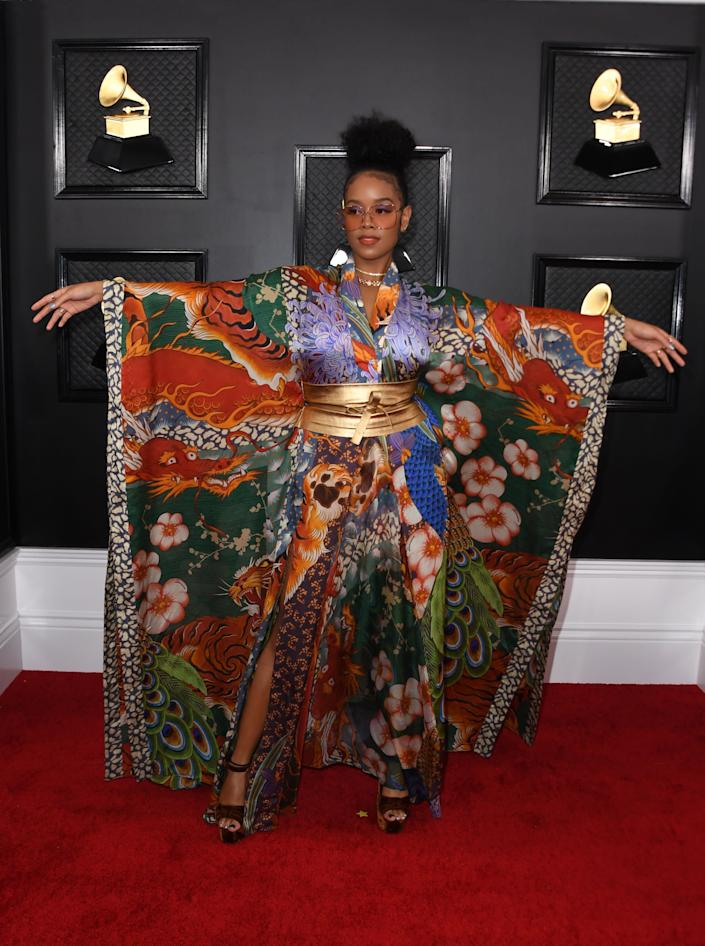 H.E.R. at the Grammys.