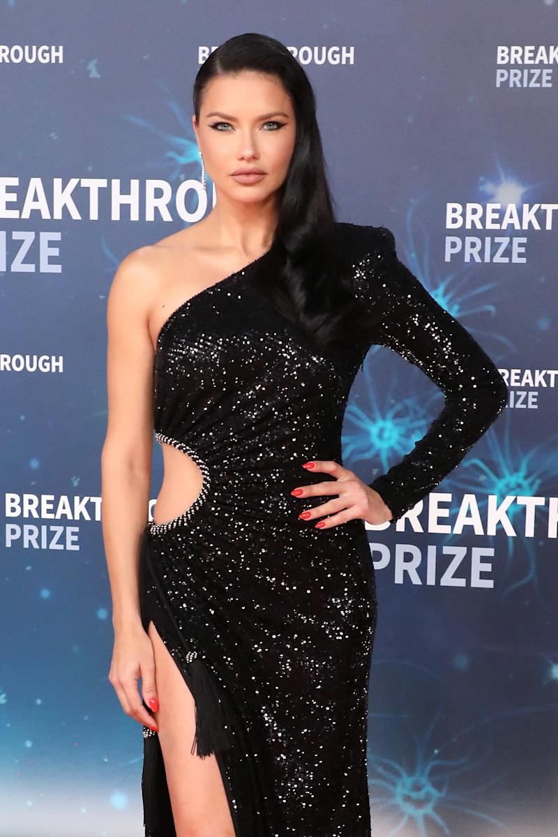 MOUNTAIN VIEW, CALIFORNIA - NOVEMBER 03: Adriana Lima attends the 2020 Breakthrough Prize Ceremony at NASA Ames Research Center on November 03, 2019 in Mountain View, California. (Photo by Taylor Hill/Getty Images)