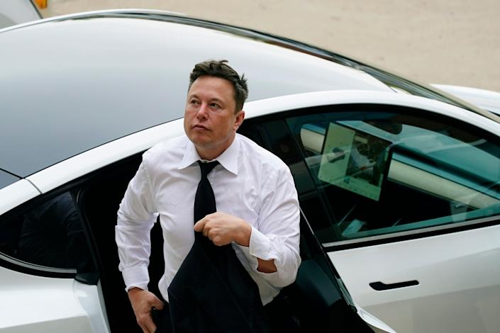, Elon Musk says Tesla owners 'don't seem to listen to me' because they ignore an NDA and share lots of videos of the company's 'full self-driving' tech, The Evepost National News
