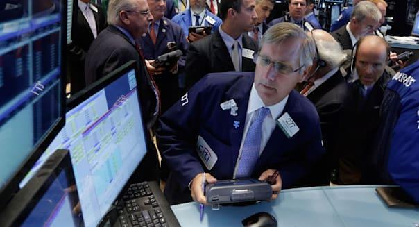 new york stock exchange traders apple iphone investing