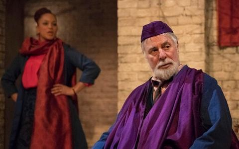 Angela Griffin and Barrie Rutter in The Captive Queen - Credit: Alastair Muir