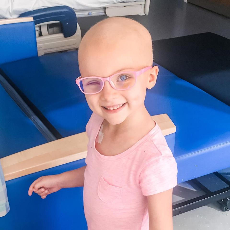 Kinsley undergoing chemo after having her eye removed.