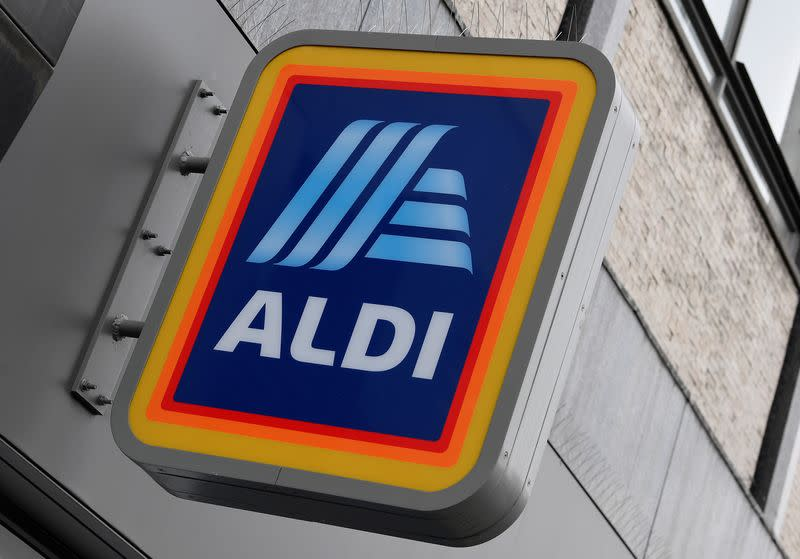 Aldi to create 1,200 more UK jobs this year