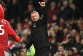 'Ole at the wheel': Manchester United manager Solskjaer aiming to compete for title next season
