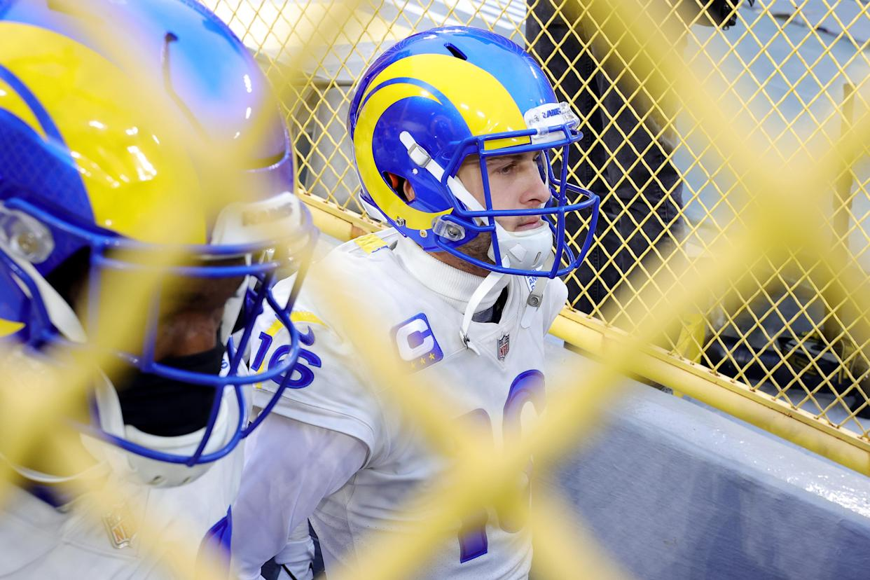GREEN BAY, WISCONSIN - JANUARY 16: Jared Goff #16 of the Los Angeles Rams prepares to take the field before the NFC Divisional Playoff game against the Green Bay Packers at Lambeau Field on January 16, 2021 in Green Bay, Wisconsin. (Photo by Stacy Revere/Getty Images)
