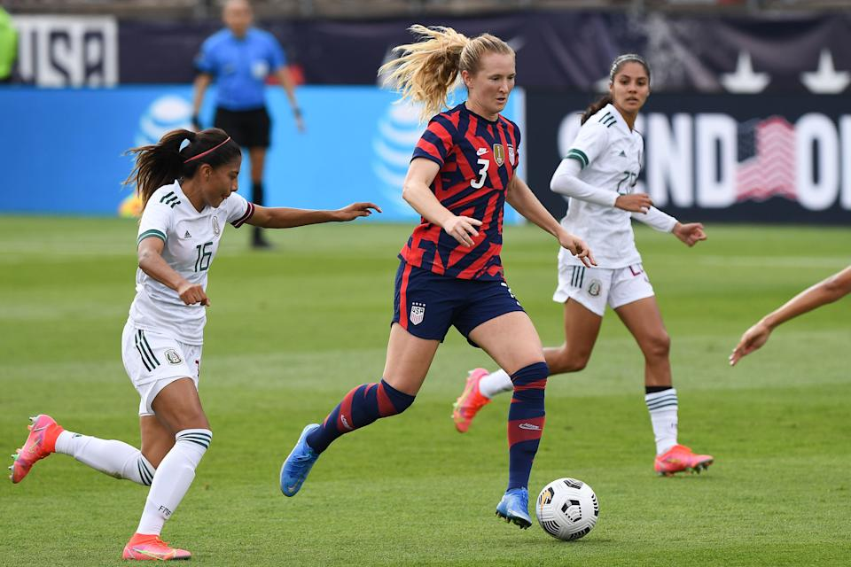 Jul 5, 2021; East Hartford, Connecticut, USA; The United States midfielder Sam Mewis (3) in action defended against Mexico midfielder Nancy Antonio (16) during the first half during a USWNT Send-off Series soccer match at Pratt & Whitney Stadium. Mandatory Credit: Dennis Schneidler-USA TODAY Sports