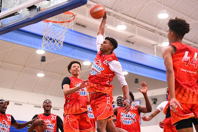 NORWALK, CA - JUNE 02: Isaiah Todd from Trinity Academy goes up for a dunk during the Pangos All-American Camp on June 2, 2019 at Cerritos College in Norwalk, CA. (Photo by Brian Rothmuller/Icon Sportswire via Getty Images)