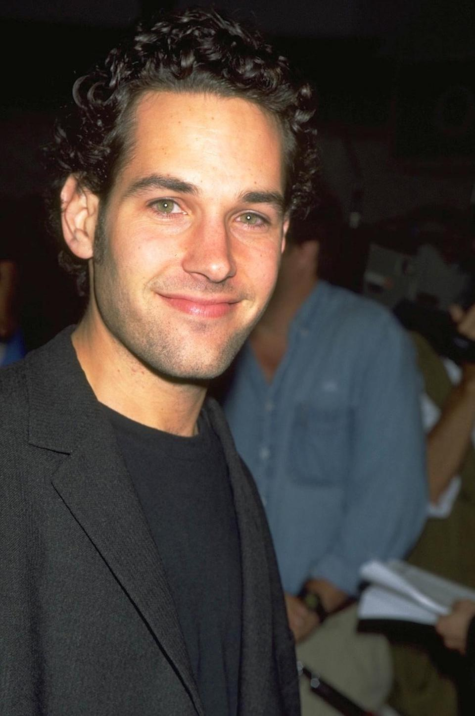 <p>It's a well known fact that Paul Rudd, who turns 52 on April 6, 2021, has somehow managed to keep from aging through the years. </p> <p>This photo, for example, was taken in 1995, which doesn't feel possible. </p>