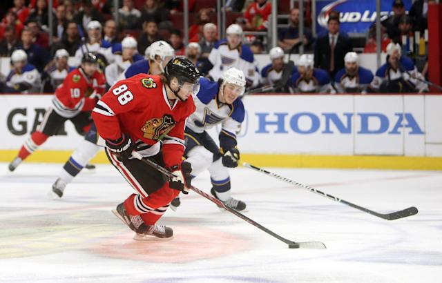 Patrick Kane scores in OT as Blackhawks win Game 4 to even series (Video)