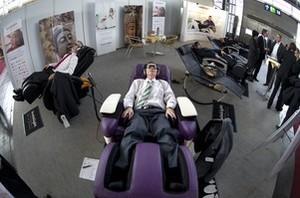 People get the 'brain light' treatment at the ...