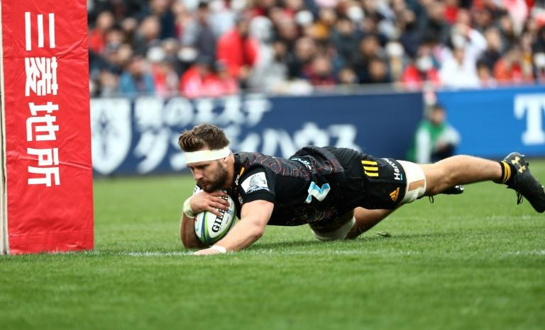 Lachlan Boshier scores a try for the Chiefs during their Super Rugby match against the Sunwolves