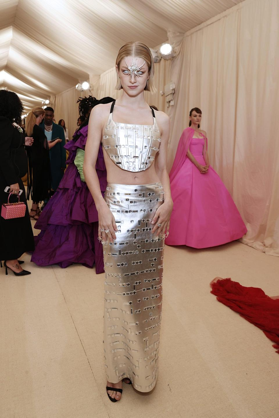 <p>Roach took this Prada skirt set and made what could have been just another jeweled ensemble feel spacey, techy and somewhat Spider-Girl, yet simultaneously glam, and this is why we stan.</p>