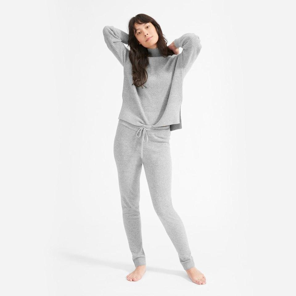 "<h2>Everlane Cashmere Sweatpant</h2> <br>Nurses deserve to be comfy once they finally step out of their scrubs too — and you can't go wrong with cashmere.<br><br><strong>Everlane</strong> Cashmere Sweatpant, $, available at <a href=""https://go.skimresources.com/?id=30283X879131&url=https%3A%2F%2Fwww.everlane.com%2Fproducts%2Fwomens-cashmere-sweatpant-heathergrey"" rel=""nofollow noopener"" target=""_blank"" data-ylk=""slk:Everlane"" class=""link rapid-noclick-resp"">Everlane</a><br>"
