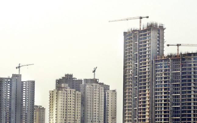 Several housing projects along Yamuna Expressway stalled. Is your builder out of the loop?